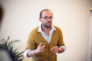 Peter Reitz ist Dozent in Workshops und Seminaren