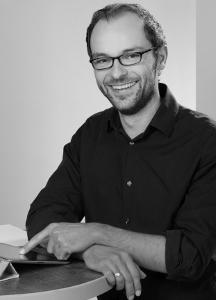 Peter Reitz ist Dozent an der change active - AKADEMIE - und Heilpraktiker für Psychotherapie